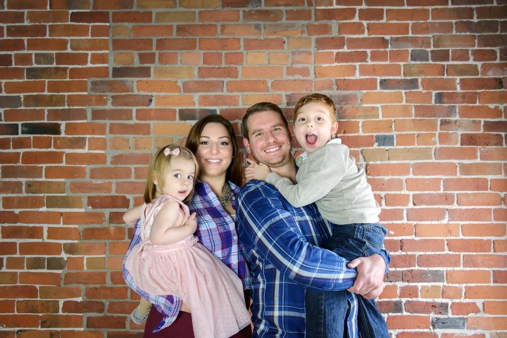 Smith Family Photo Fun No Filter