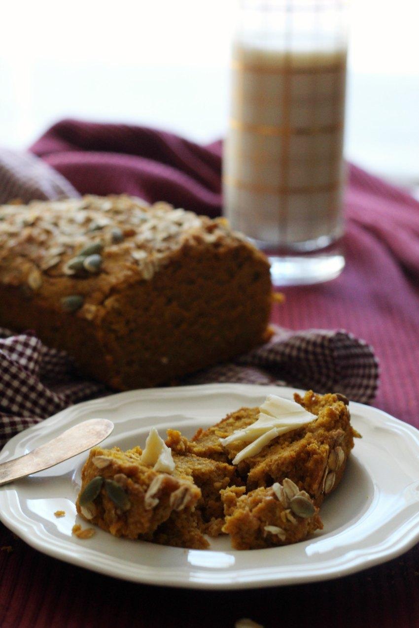 oatmeal-pumpkin-bread