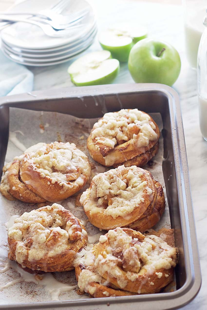 Delectable Southern Style Apple Cinnamon Brioches